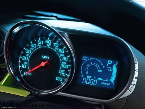 Chevrolet Spark 2013 панель приборов