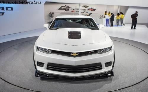 цена 2014-Chevrolet-Camaro-SS 3