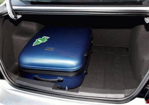 багажник у Шевроле Авео 2013 седан