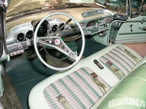1958-1959_chevrolet_impala_салон