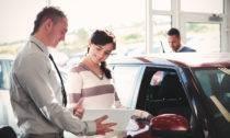 Как покупать автомобиль в автосалоне
