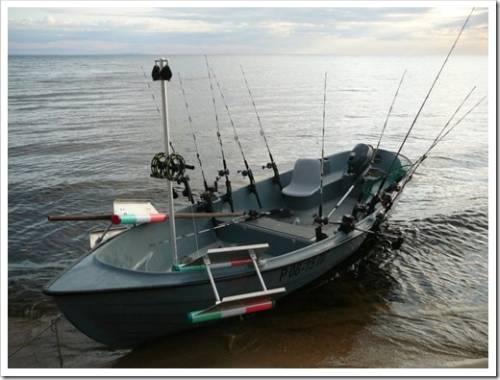 Материал лодки имеет значение