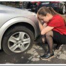 Что делать, если пробил колесо на дороге?