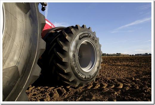 Не стоит путать индустриальные и сельскохозяйственные шины
